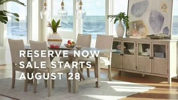 Macy's Labor Day Furniture & Mattress Sale TV Spot, 'Queen Bed and Sectional' - Thumbnail 5