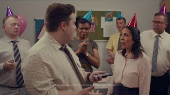 FanDuel Sportsbook TV Spot, 'A Surprise Party Surprise' - Thumbnail 7
