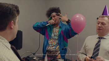 FanDuel Sportsbook TV Spot, 'A Surprise Party Surprise' - Thumbnail 8