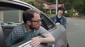 Dunkin' Sip Peel Win Game TV Spot, 'Push' - Thumbnail 4