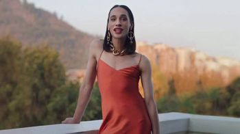 Dove Skin Care TV Spot, 'Porject Show Us: Shattering Beauty Stereotypes' - Thumbnail 2