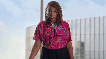 Dove Skin Care TV Spot, 'Porject Show Us: Shattering Beauty Stereotypes' - Thumbnail 7