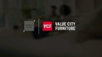 Value City Furniture Labor Day Sale TV Spot, 'Doorbusters: Free Ottoman' - Thumbnail 1