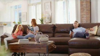 La-Z-Boy Labor Day Sale TV Spot, 'Favorite Spot' - Thumbnail 2