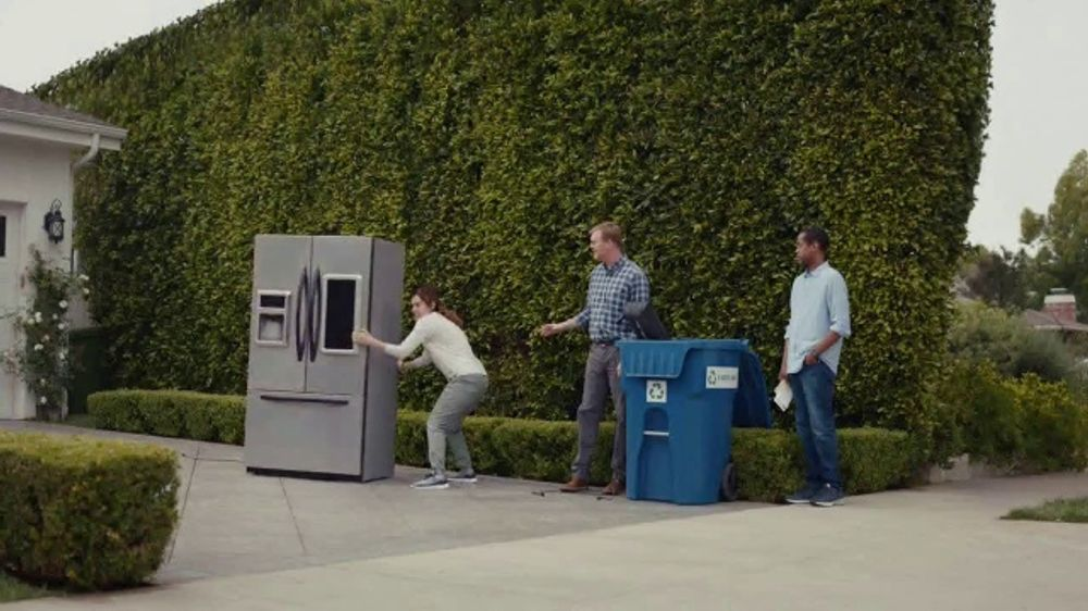 AT&T Internet TV Commercial, 'Dead Zones: $40 a month'