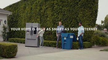 AT&T Internet TV Spot, 'Dead Zones: $40 a month' - Thumbnail 7