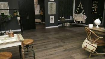 Lumber Liquidators Labor Day Flooring Sale TV Spot, 'Save up to 50 Percent' - Thumbnail 1