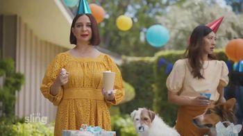 Sling TV Spot, 'Dog Birthday Party' Featuring Maya Rudolph - Thumbnail 6