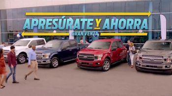 Ford Gran Venta Apresúrate y Ahorra TV Spot, 'Lista de pendientes' canción de Dick Dale [Spanish] [T2] - Thumbnail 2