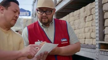 Lowe's Labor Day Savings TV Spot, 'Summer Projects: Lawn Food' - Thumbnail 2