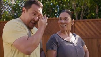 Lowe's Labor Day Savings TV Spot, 'Summer Projects: Lawn Food' - Thumbnail 5