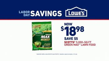 Lowe's Labor Day Savings TV Spot, 'Summer Projects: Lawn Food' - Thumbnail 7