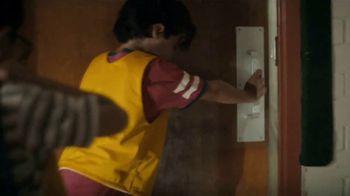 Lysol TV Spot, 'Here for Healthy Schools: aquí' [Spanish] - Thumbnail 4