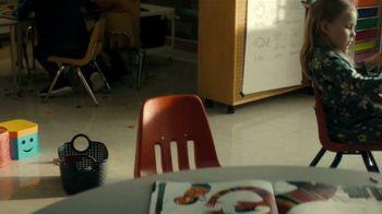 Lysol TV Spot, 'Here for Healthy Schools: aquí' [Spanish] - Thumbnail 5