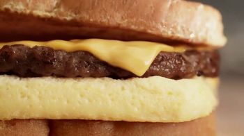 Burger King French Toast Sandwiches TV Spot, 'Sweet or Savory' - Thumbnail 8