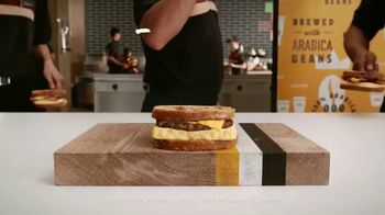 Burger King French Toast Sandwiches TV Spot, 'Sweet or Savory' - Thumbnail 9