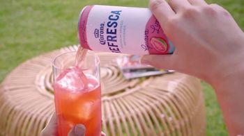 Corona Refresca TV Spot, 'Tomar el sol' [Spanish] - Thumbnail 4