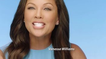 Clear Eyes TV Spot, 'Eyes Are Beautiful' Featuring Vanessa Williams - Thumbnail 9