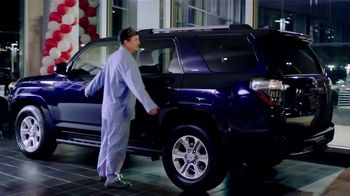 Toyota TV Spot, 'Sleep Walking' [T2] - Thumbnail 4