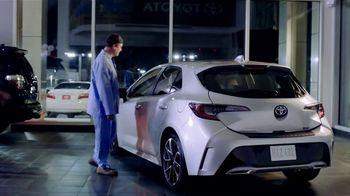 Toyota TV Spot, 'Sleep Walking' [T2] - Thumbnail 5