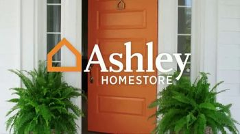 Ashley HomeStore Stars & Stripes Event TV Spot, 'Queen Bed' Song by Midnight Riot - Thumbnail 1