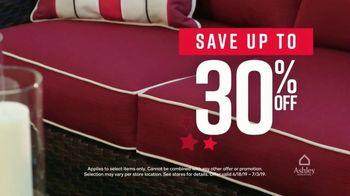 Ashley HomeStore Stars & Stripes Event TV Spot, 'Queen Bed' Song by Midnight Riot - Thumbnail 4