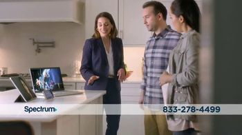 Spectrum TV Spot, 'Real Estate Agent' - Thumbnail 3