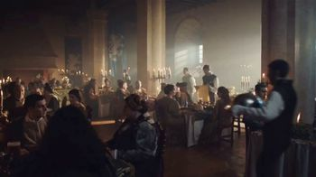 Bud Light TV Spot, 'Un hueso de pollo' [Spanish] - Thumbnail 1