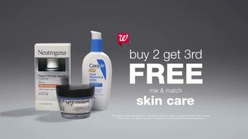 Walgreens TV Spot, 'Summer: Save Your Skin: Mix & Match Skin Care' Song by Tierra Whack - Thumbnail 10