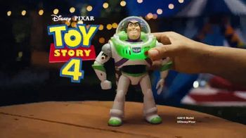 Toy Story 4 Blast-Off Buzz Lightyear TV Spot, 'Let's Fly' - Thumbnail 10