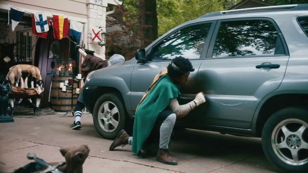 Maaco Overall Paint Sale TV Commercial, 'Renaissance Fail'