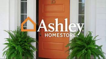 Ashley HomeStore Summer Sleep Mattress Event TV Spot, 'Final Week: Ashley Cash' Song by Midnight Riot - Thumbnail 1