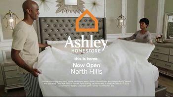 Ashley HomeStore Summer Sleep Mattress Event TV Spot, 'Final Week: Ashley Cash' Song by Midnight Riot - Thumbnail 7