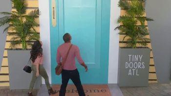 Wyndham Worldwide TV Spot, 'Atlanta: Think Small' - Thumbnail 8