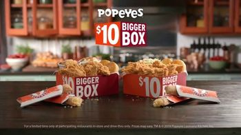 Popeyes $10 Bigger Box TV Spot, 'More Is More' - Thumbnail 10