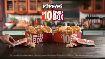Popeyes $10 Bigger Box TV Spot, 'More Is More' - Thumbnail 9