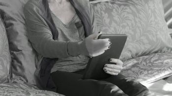 Pillow Pad TV Spot, 'Holds All Devices' - Thumbnail 1
