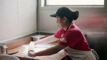 Bojangles' 2 for $4 TV Spot, 'Hard Work' - Thumbnail 4