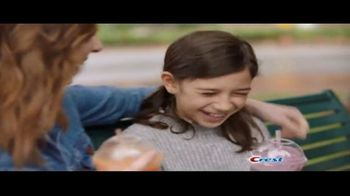 Crest Gum and Sensitivity TV Spot, 'Brain Freeze' - Thumbnail 9