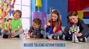 Toy Story 4 Deluxe Talking Action Figures TV Spot, 'Unique Fun Features'