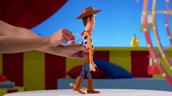 Toy Story 4 Deluxe Talking Action Figures TV Spot, 'Unique Fun Features' - Thumbnail 3