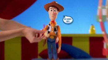 Toy Story 4 Deluxe Talking Action Figures TV Spot, 'Unique Fun Features' - Thumbnail 4