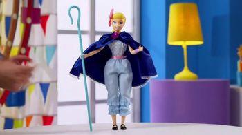 Toy Story 4 Deluxe Talking Action Figures TV Spot, 'Unique Fun Features' - Thumbnail 7