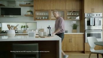 Google Nest Hub TV Spot, 'Hey Dad: Someone at the Door' Featuring Alexi Lalas, Rob Stone - Thumbnail 3