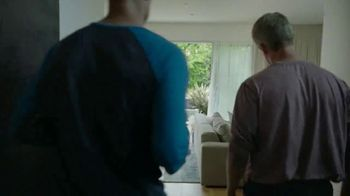 Google Nest Hub TV Spot, 'Hey Dad: Someone at the Door' Featuring Alexi Lalas, Rob Stone - Thumbnail 4