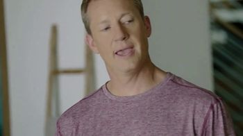 Google Nest Hub TV Spot, 'Hey Dad: Someone at the Door' Featuring Alexi Lalas, Rob Stone - Thumbnail 9