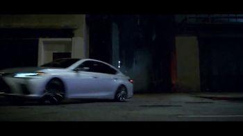 2019 Lexus ES TV Spot, 'Hijacked' [T2] - Thumbnail 5
