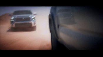 Toyota Trucks TV Spot, 'Elige la cancha difícil' [Spanish] [T1] - Thumbnail 2