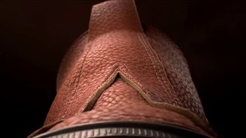 L.L. Bean Bean Boots TV Spot, 'The Chamois-Lined Bean Boot' Song by Lady Bri - Thumbnail 5