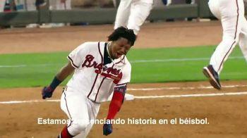 Major League Baseball TV Spot, 'Jugamos duro' canción de Musicologo The Libro [Spanish] - Thumbnail 9